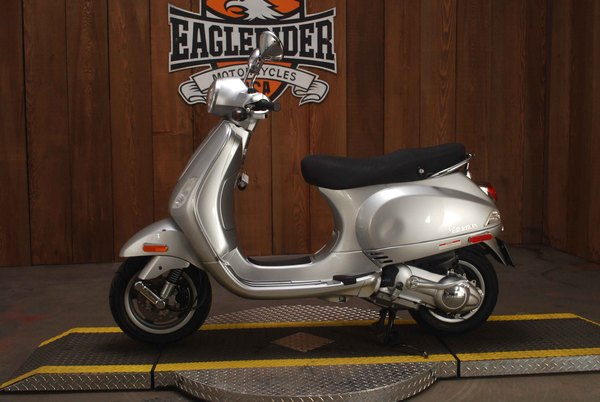 Used 2009 Vespa LX 150 for Sale in Los Angeles, CA - 740