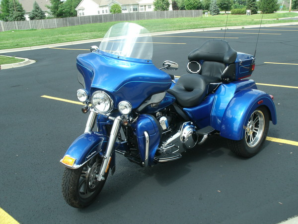 Kelley Blue Book Motorcycle Value >> Used 2010 Harley-Davidson Tri Glide for Sale in Oswego, IL - 26180