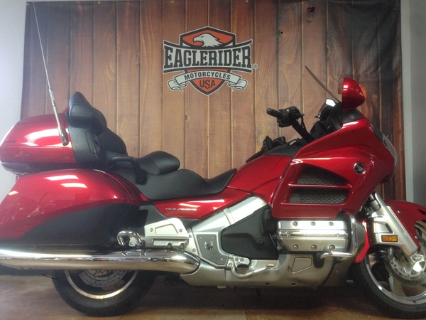 used 2014 honda motorcycles gold wing f6b for sale in new. Black Bedroom Furniture Sets. Home Design Ideas