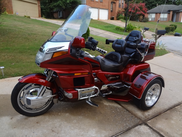 new or used honda goldwing trike motorcycles in autos post. Black Bedroom Furniture Sets. Home Design Ideas