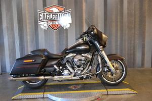 2015 Harley-Davidson St Glde Spcl