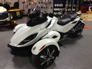 2010 Can-Am Spyder RS-S Auto