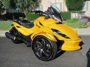 2013 Can-Am Spyder ST-S SM5