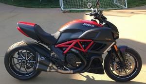 2013 Ducati Diavel Carbon ABS