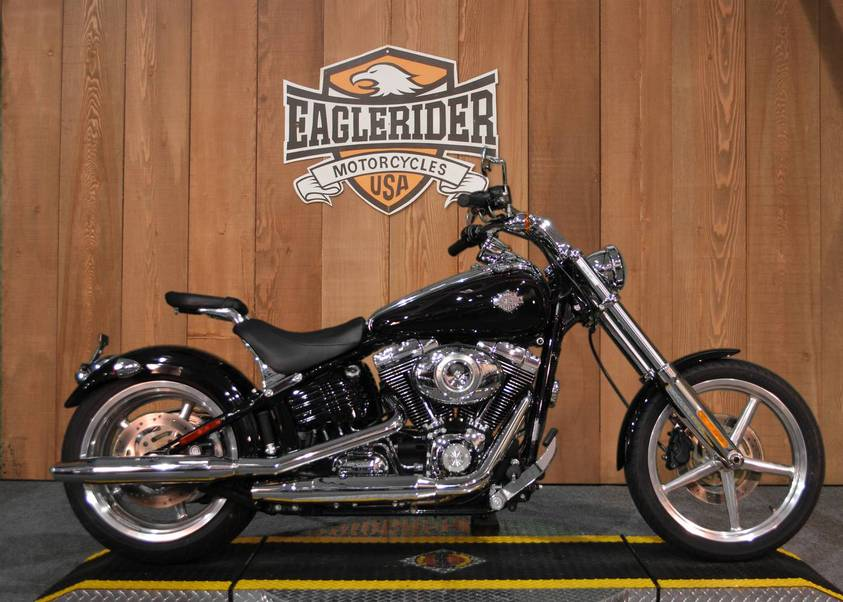 used 2010 harley davidson rocker c for sale in orlando fl 5904. Black Bedroom Furniture Sets. Home Design Ideas
