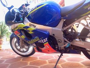 2002 Suzuki GSX-R600